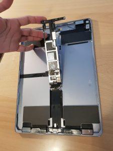 Einbau Akku iPad Pro